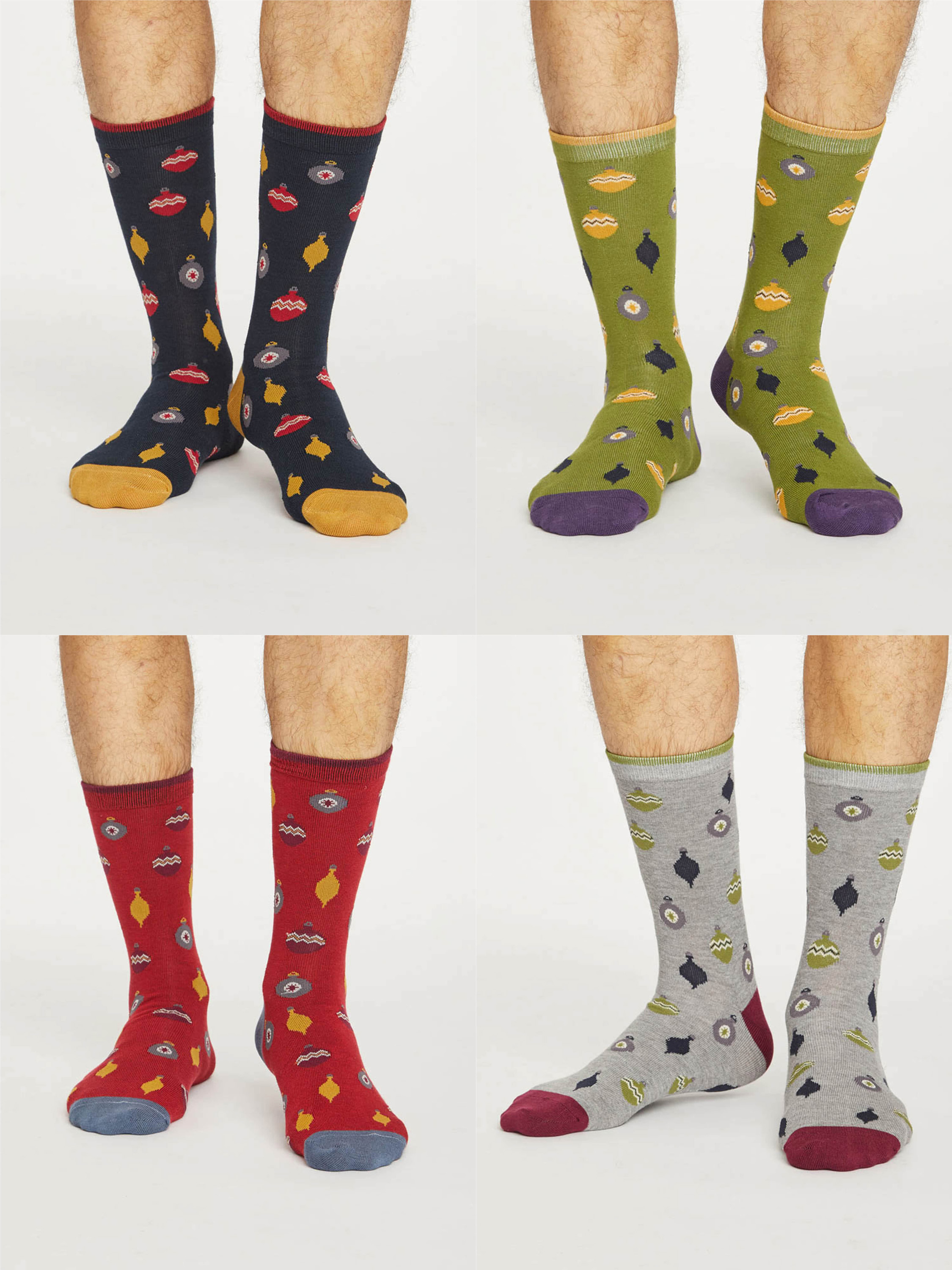Mens Christmas Bauble Spot Bamboo Socks